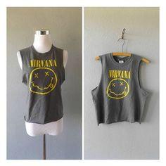 camiseta Nirvana grunge reciclado de los 90 rock banda de kurt cobain... ❤ liked on Polyvore featuring tops, t-shirts, rock t shirts, boho chic tops, grunge t shirts, hippie tees and rock tops