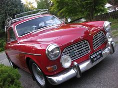 Volvo 123GT in red