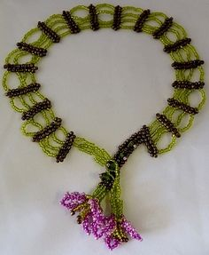 Flower Web Necklace Beading Pattern by Cecilia Rooke at Bead-Patterns.com