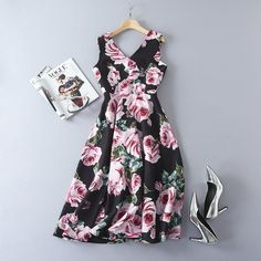 f63bd9e44e4 Fsashion 2017 woman s V neck rose flower print ball gown dress Sexy  sleeveless vintage dress S XL size-in Dresses from Women s Clothing    Accessories on ...