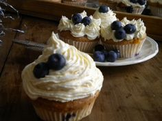 Blueberry and white chocolate cupcakes!! #sosweet #sogood #recipe #inLondon #iloveit #cupcakes #whitechocolate #blueberry