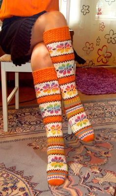 Love these socks Crochet Socks, Knitting Socks, Hand Knitting, Knit Crochet, Funky Socks, Colorful Socks, Laine Rowan, Knit Boots, Fair Isle Pattern