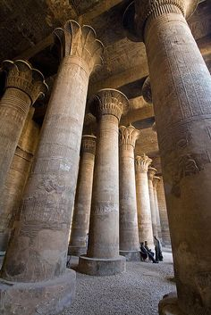 Pillars at the Temple of Khnum In Esna, Egypt (By Brian Ritchie).