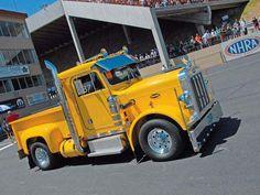 mini Peterbilt 359 Dodge Ram right Side View Peterbilt 359, Peterbilt Trucks, Mack Trucks, Hot Rod Trucks, Big Rig Trucks, Dodge Trucks, New Trucks, Custom Trucks, Cool Trucks