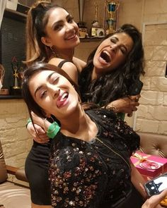 Erica Fernandes Celebrates Joyous Christmas With Cast Of Kasautii Zindagi Kay and Family - HungryBoo Indian Tv Actress, Indian Actresses, Erica Fernandes Hot, Cute Celebrities, Celebs, Cute Girl Image, Girls Status, Cute Boys Images, Beautiful Girl Indian