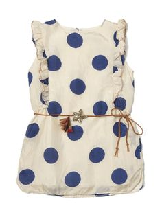 This dress would be adorable on a little girl with some navy tights and maybe a little anchor necklace or something :)
