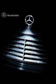 Mercedes-Benz Christmas *_http://oddstuffmagazine.com/