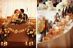 Idea para decorar la mesa de los novios en la boda #bodas #ElBlogdeMaríaJosé #MesaNupcial #MesaNovios #Decoraciónboda #TendenciasBoda