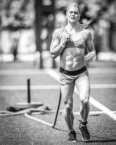 Katrin Davidsdottir: 2018 CrossFit Games, Two-Stroke Pull Bodybuilding Nutrition, Women's Bodybuilding, Fitness Goals, Fitness Motivation, Chico Fitness, Muscle Girls, Fit Chicks, Athletic Women, Powerlifting