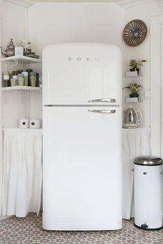 13 Kitchen Appliances, Smeg, Top Freezer Refrigerator, Apartment, Home, House, Appliances, Kitchen, Refrigerator