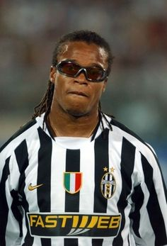 Edgar Davids - Juventus And the only player to have FIFA dispensation to wear sunglasses - l Football Icon, Best Football Players, Sport Football, Soccer Players, Ronaldo Football, Juventus Players, Juventus Fc, Edgar Davids, Turin