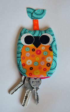 Owl Crafts, Craft Stick Crafts, Diy And Crafts, Paper Crafts Origami, Fabric Crafts, Sewing Crafts, Felt Keychain, Keychains, Felted Wool Crafts