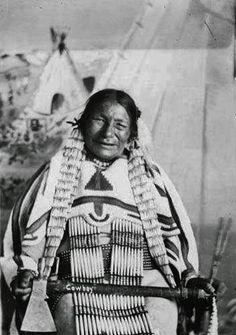 He Inyan Win (aka Horn Stone Woman, aka Rocky Buttes, aka Amanda Rocky Buttes), the wife of the Sihasapa Lakota man known as Wakinyan To (aka Blue Thunder) - Hunkpapa Lakota/Sihasapa Lakota - circa 1910