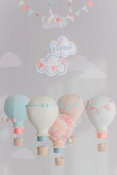 Aqua and Coral Baby Mobile Hot Air Balloon Mobile Custom Baby Elephant Nursery, Mint Nursery, Baby Nursery Themes, Baby Boy Nurseries, Nursery Decor, Nursery Room, Diy Baby Gifts, Ideas Hogar, 5 Balloons