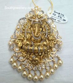 Buy Gold Jewelry Near Me Refferal: 1241030896 Indian Jewellery Design, Bead Jewellery, Temple Jewellery, Jewelry Design, India Jewelry, Pendant Jewelry, Designer Jewellery, Latest Jewellery, Antique Jewellery