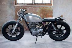 1984 Yamaha SR400
