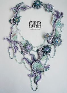 Amazing bead embroidered jewelry by Guzel Bakeeva | Beads Magic