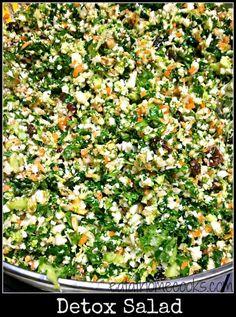 'Detox' Salad full of Dark Green Leafy Veggies - Eat at Home