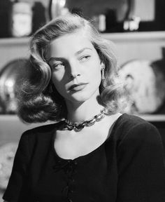 "Lauren Bacall ""The Look"" Dining Room Decor dining room decorating ideas modern Vintage Hollywood, Hollywood Glamour, Hollywood Stars, Hollywood Actresses, Classic Hollywood, Lauren Bacall, Timeless Beauty, Classic Beauty, Bogie And Bacall"