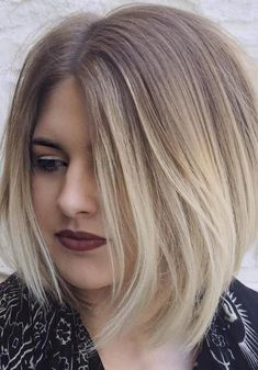 Auffällig Mittlerer Länge Frisuren für Runde Gesichter