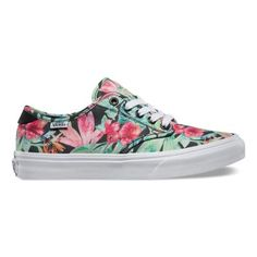 The Tropical Floral Camden, a slimmed down low-top style, features a canvas upper with an all-over multi-colored floral print, vulcanized construction and a signature micro-waffle outsole. Contrast heel moustache detail and laces, along with metal eyelets and a double-stitched upper give this very comfortable style the utmost in durability.