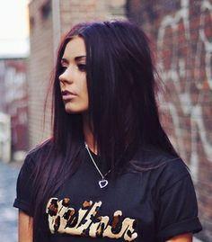 dark purple hair is kind of pretty.. Unnatural but pretty
