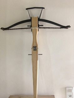Basic Horton Crossbows When it comes to crossbows, Horton Fury arrows is a name that is familiar to most hunters. Crossbow Targets, Diy Crossbow, Crossbow Arrows, Crossbow Hunting, Survival Weapons, Survival Shelter, Tactical Survival, Survival Gear, Medieval Crossbow