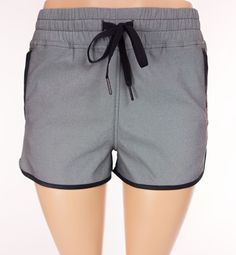 LULULEMON Varsity Shorts 6 S Small Gray Black Pockets Run Yoga #Lululemon #Shorts