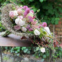 Gregor Lersch, Bride Bouquets, Floral Design, Floral Wreath, Wreaths, Instagram Posts, Plants, Decor, Modern