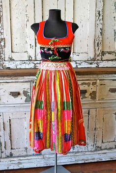 Items similar to Vintage COLORFUL Embroidered Traditional Portuguese 3 Piece Outfit Skirt Corset Apron on Etsy Folk Clothing, Folk Costume, Ethnic Fashion, Traditional Dresses, Couture Fashion, World Of Fashion, Global Village, Style Inspiration, Summer Dresses
