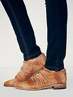 Lost Valley Ankle Boot... i need theses in my life!!!