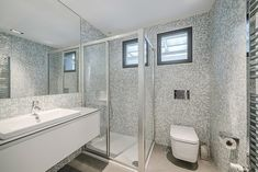 The Bathroom at Vilamoura House by Duna Plana