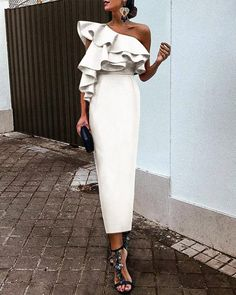 White Chic Ruffles One-Shouldered Bodycon Dress – Pujaa Balag – Ich Folge White Chic Rüschen One-Shouldered, figurbetontes Kleid – Pujaa. Dress Outfits, Casual Dresses, Fashion Dresses, Dresses For Work, Sexy Dresses, Formal Dresses, Pretty Dresses, Wedding Dresses, Long Dresses
