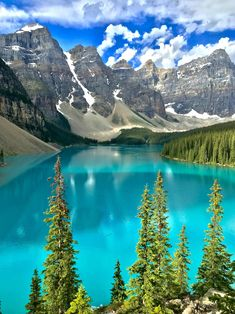 Moraine Lake and its blue-green water Fast Crazy Nature Deals. Beautiful Nature Pictures, Beautiful Nature Scenes, Nature Photos, Beautiful Landscapes, Beautiful Scenery, Landscape Photography, Nature Photography, Travel Photography, Moraine Lake