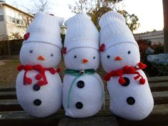 Tube Sock Snowman   heart and your feet (lawl) with Recycling Club's tube sock snowmen ...