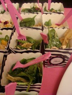 What an adorable way to serve salad!  Or any other food, for that matter.