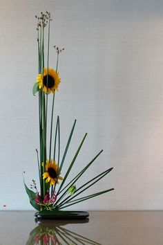 Ikebana art sunflower