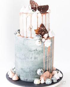 Suggablossom Cakes. Concrete & Rose Gold