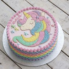 Cake unicorn cupcake recipes 36 ideas for 2019 Cake Decorating Designs, Easy Cake Decorating, Birthday Cake Decorating, Cake Decorating Techniques, Novelty Birthday Cakes, Cool Birthday Cakes, Novelty Cakes, Bolo My Little Pony, Cupcake Recipes