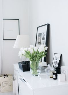 magnoliabymia | living room | scandinavian | tulips