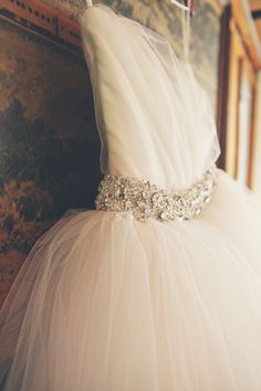 Belt detail. Gown custom by Atelier. Photography by closertolovephotography.com,