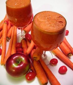 Apple Carrot Tomato Juice Ingredients: 4 red apples 1 pound carrots 4 tomatoes Method: *Juice and enjoy! Weight Loss Meals, Healthy Recipes For Weight Loss, Good Healthy Recipes, Weight Loss Juice, Amazing Recipes, Easy Recipes, Fruit Juice Recipes, Juicer Recipes, Smoothie Recipes