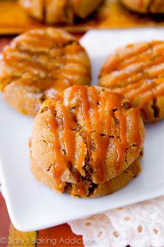 Caramel Molasses Cookies | sallysbakingaddiction.com