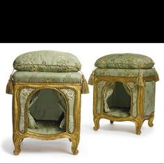 It was meant to be for dogs but my gosh, my cat would love this posh pet bed. Etienne Nauroy, Pair of Louis XV Dog Kennels. 1765, Gilt wood. Wrightsman Collection, image via Sotheby's.