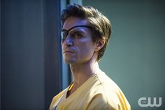 """Arrow -- """"Suicide Squad"""" -- Image AR216a_0262b -- Pictured: Michael Rowe as Floyd Lawton (""""Deadshot"""") -- Photo: Cate Cameron/The CW -- © 2014 The CW Network, LLC. All Rights Reserved."""
