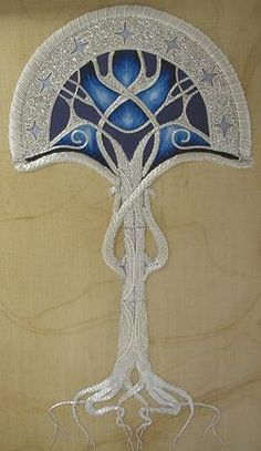 Tree of Gondor by Katie Pindir (a RSN graduate & costume designer residing in London, England). Beautiful adaptation of an inspired design from an equally inspired film. Gold Embroidery, Cross Stitch Embroidery, Embroidery Patterns, Tolkien, Crazy Quilting, Art Nouveau, Art Textile, Passementerie, Gold Work
