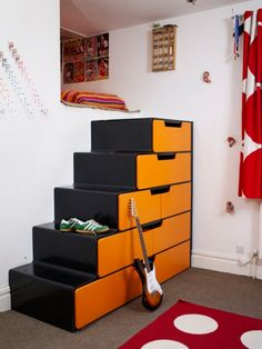 stairs to the loft area should have storage ... good thinking