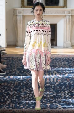 Valentino spring 2017 ready to wear (first collection without Maria)