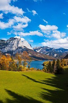 Grundlsee Wonderful Places, Beautiful Places, Heart Of Europe, Austria Travel, Travel Images, Places Around The World, Nature Photos, Beautiful Landscapes, Places To Go