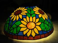 16 Inch Sunflower Tiffany Lamp - Delphi Stained Glass - I love this!